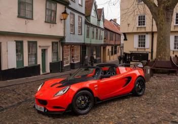 Lotus Elise Cup 250 - 01