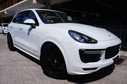 Porsche Cayenne GTS 3.6 Japan