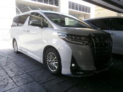Toyota Alphard 2.5G