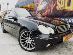 Mercedes-Benz C-Class 2.0 (A) Premium