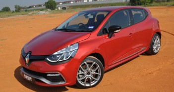 Renault Clio RS 200 - 01