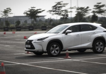 Lexus NX - 09
