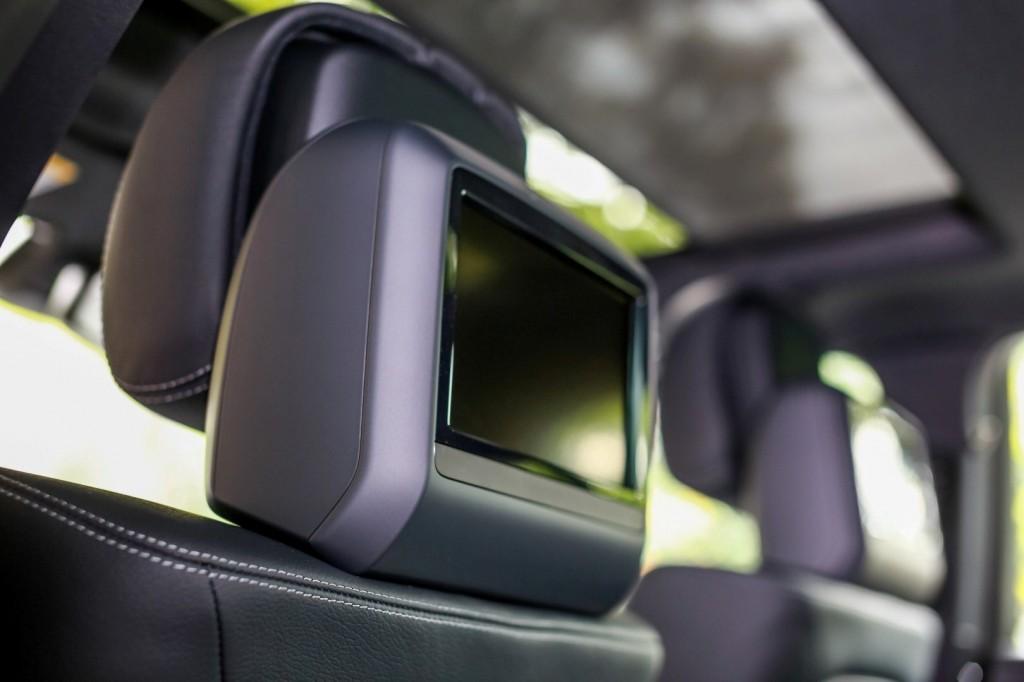 Mercedes-Benz E 300 BlueTEC Hybrid - 24