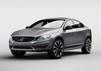 Volvo S60 Cross Country - 01