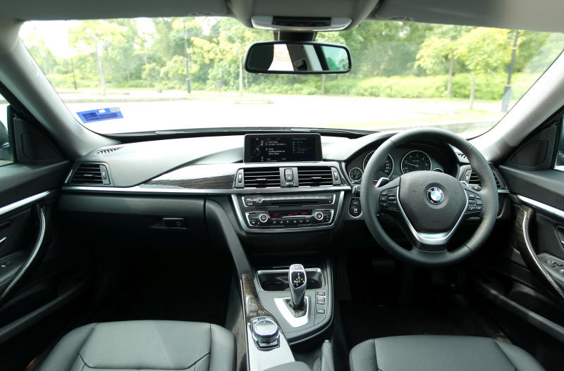 BMW 320d GT - 19