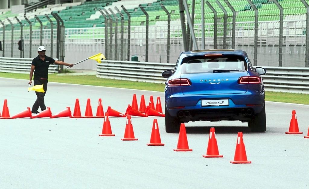 Porsche Driving Experience 2015 - 14
