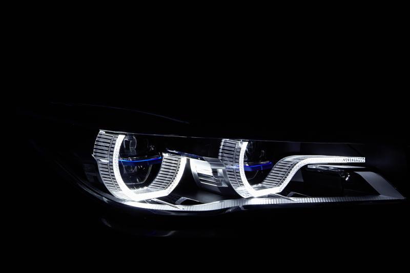BMW 750Li xDrive - 10