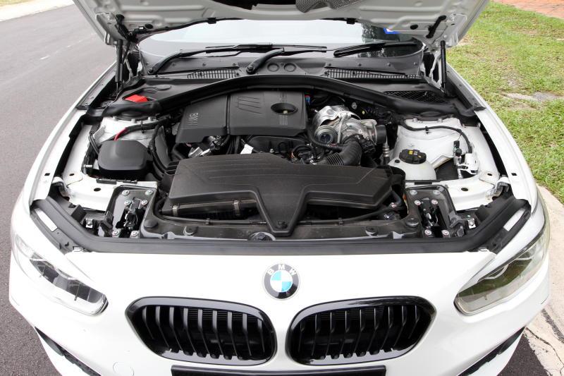 BMW 120i M Sport - 14