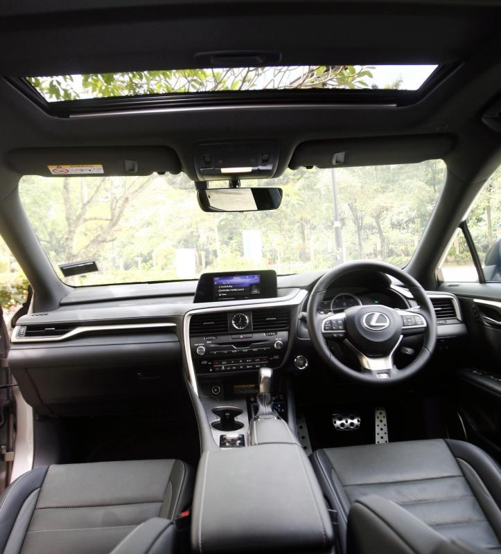 Lexus RX 200t F SPORT - 28