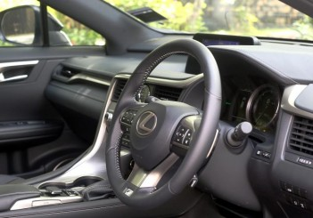 Lexus RX 200t F SPORT - 31