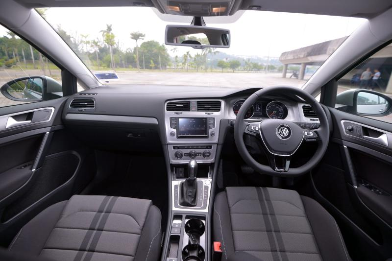 Volkswagen Golf 1.4 TSI Highline - 16