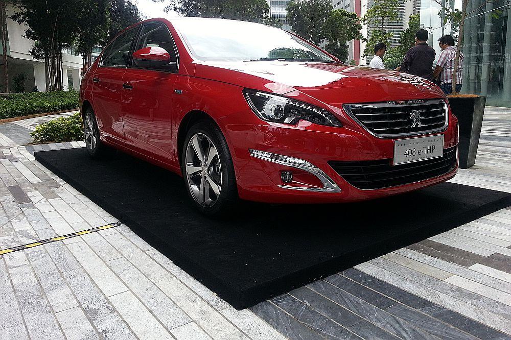 Peugeot 408 e-THP debuts | CarSifu