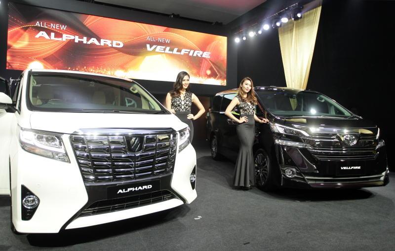 Toyota Alphard and Vellfire 2016 launched | CarSifu