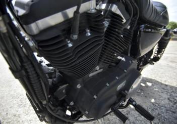 Harley-Davidson Iron 883 - 14-1