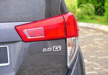 Toyota Innova 2.0G - 16-4