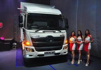 HINO 500 Series trucks - 00