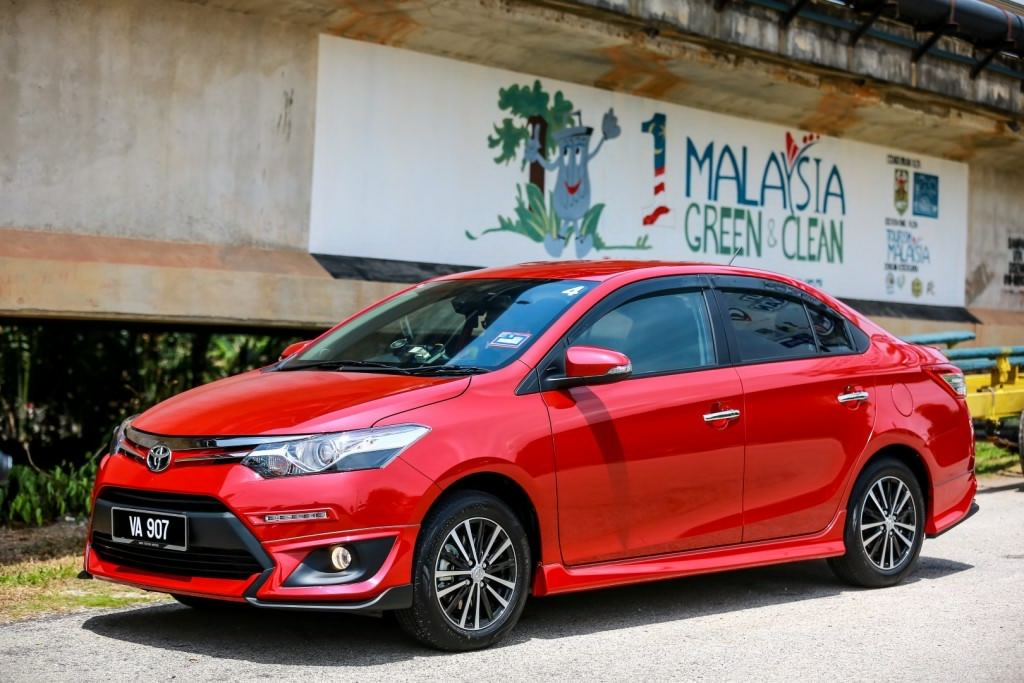 Honda City V versus Toyota Vios G - which is the winner