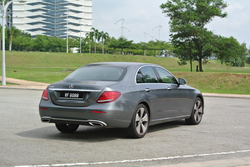 Mercedes-Benz E 250 Avantgarde - 04