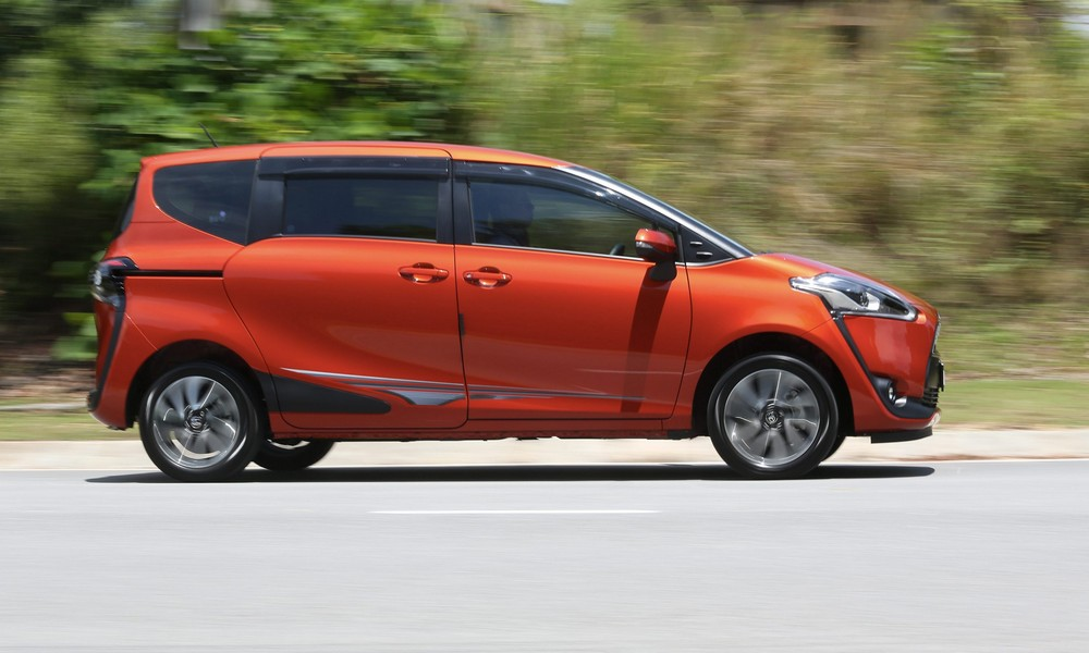 Toyota Sienta photoshoot for Motoring. IZZRAFIQ ALIAS / The Star. September 30, 2016.