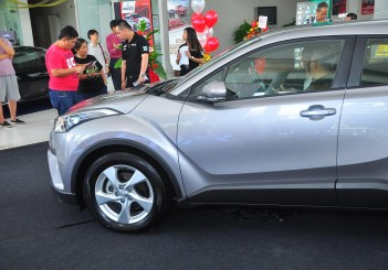 Toyota C-HR (preview) - 07