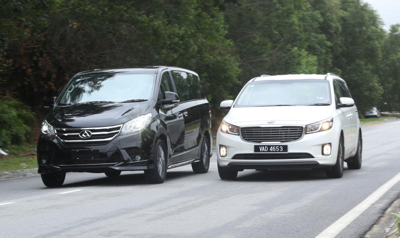 7836ecccba Big MPVs clash  Maxus G10 SE vs Kia Grand Carnival EX