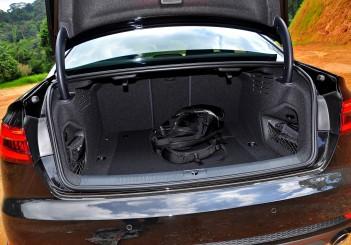 Audi A4 2.0 TFSI quattro - 13