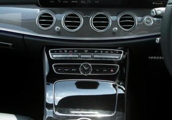 2017 Mercedes-Benz E 350 e (AMG Line) (12)