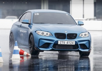 BMW M2 (Incheon Korea) - 00