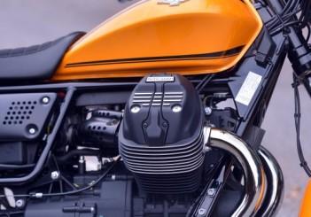 Moto Guzzi V9 Roamer (26)