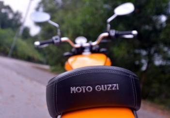 Moto Guzzi V9 Roamer (3)
