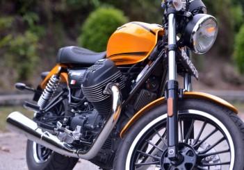 Moto Guzzi V9 Roamer (8)