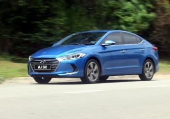2017 Hyundai Elantra 2-litre MPi Executive (2)