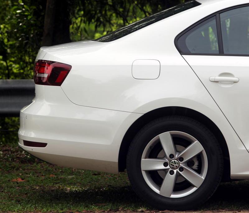 2017 Volkswagen Jetta 1-4L TSI (Comfortline) (14)