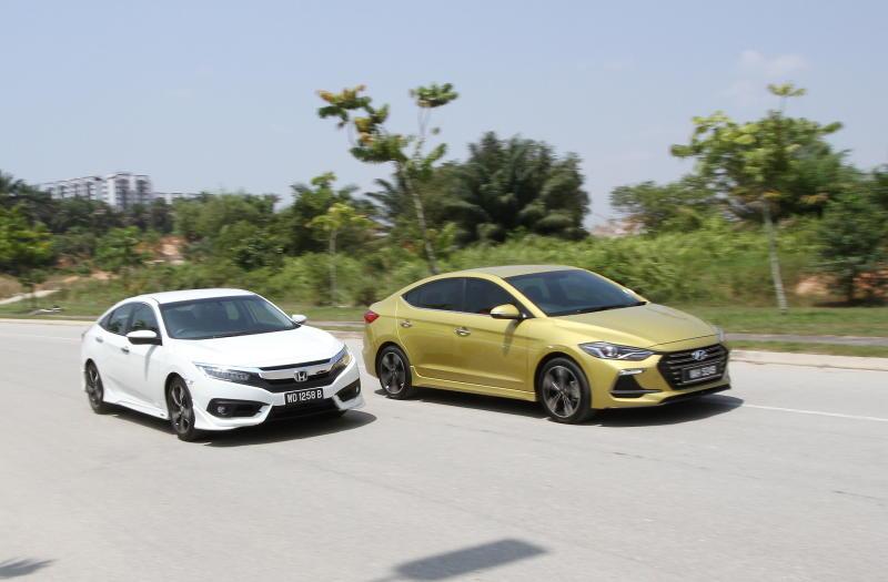 Shootout: Hyundai Elantra Sport 1 6 battles Honda Civic 1 5