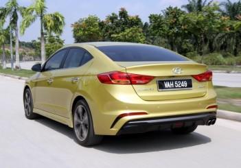 Hyundai Elantra Sport 1.6 - 07