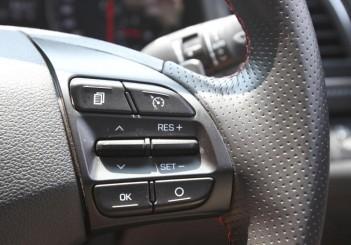 Hyundai Elantra Sport 1.6 - 16