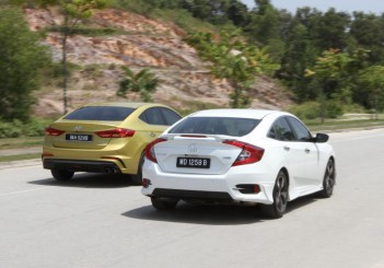 Hyundai Elantra Sport 1.6 and Honda Civic 1.5TC-P - 03