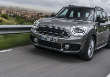 The New MINI Cooper S E Countryman ALL4 (18)