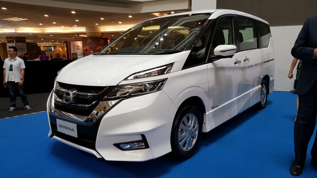 2018 2-litre Nissan Serena S-Hybrid (21)