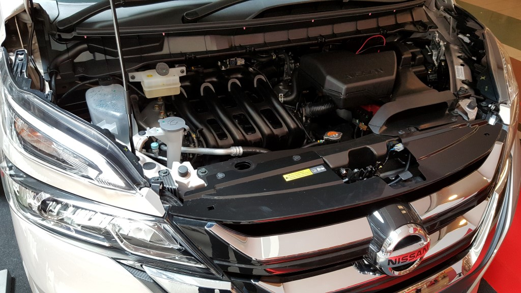 2018 2-litre Nissan Serena S-Hybrid (24)