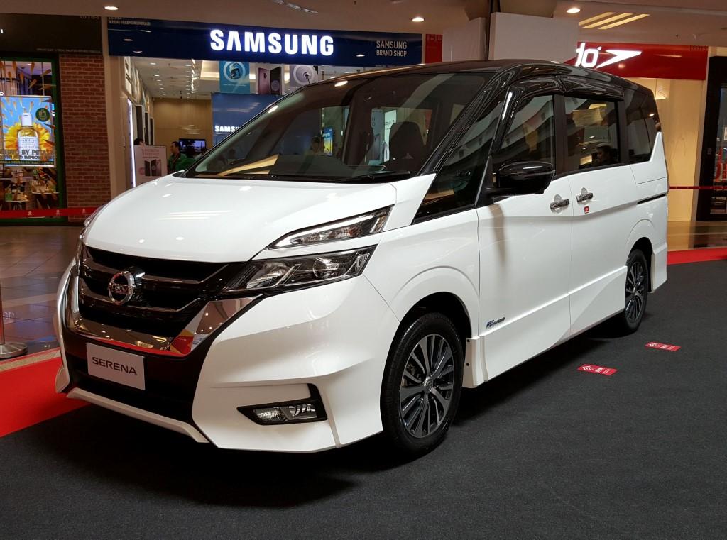 2018 2-litre Nissan Serena S-Hybrid (25)
