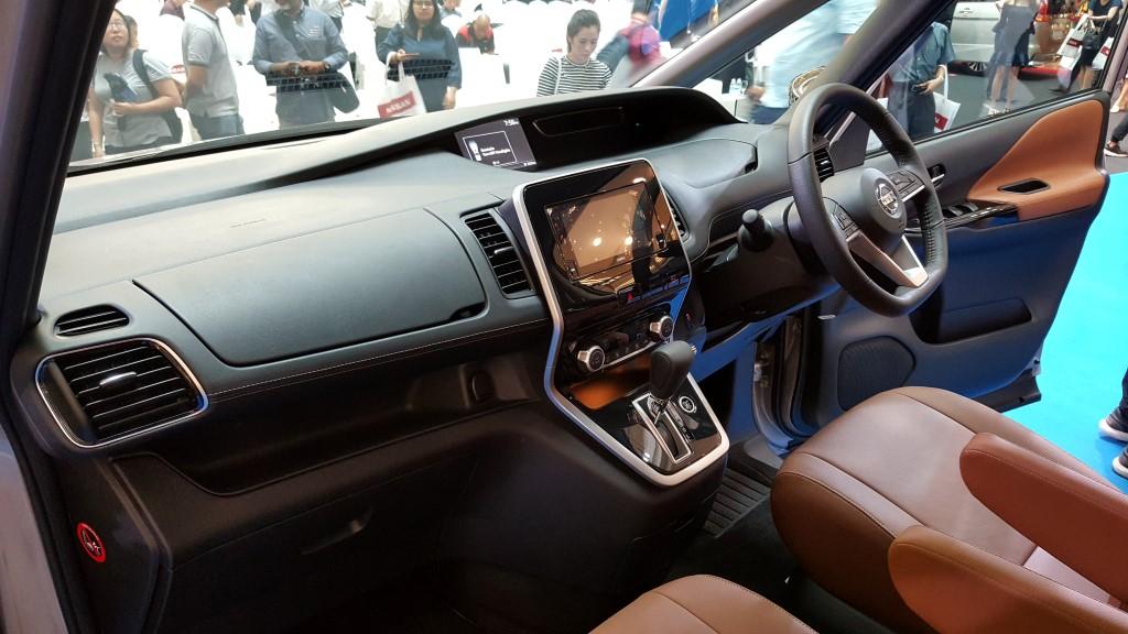 2018 2-litre Nissan Serena S-Hybrid (6)