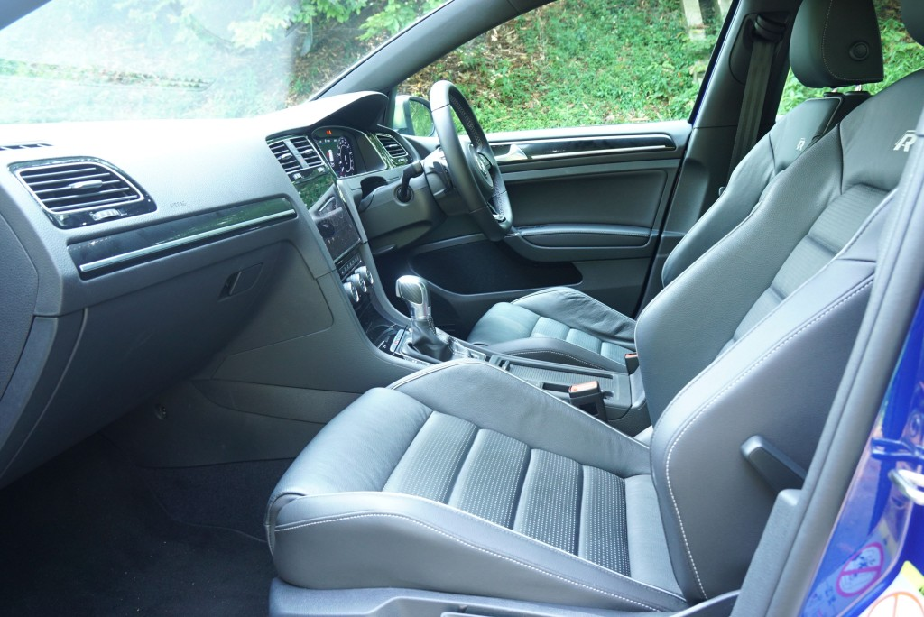 VW Golf R (10)
