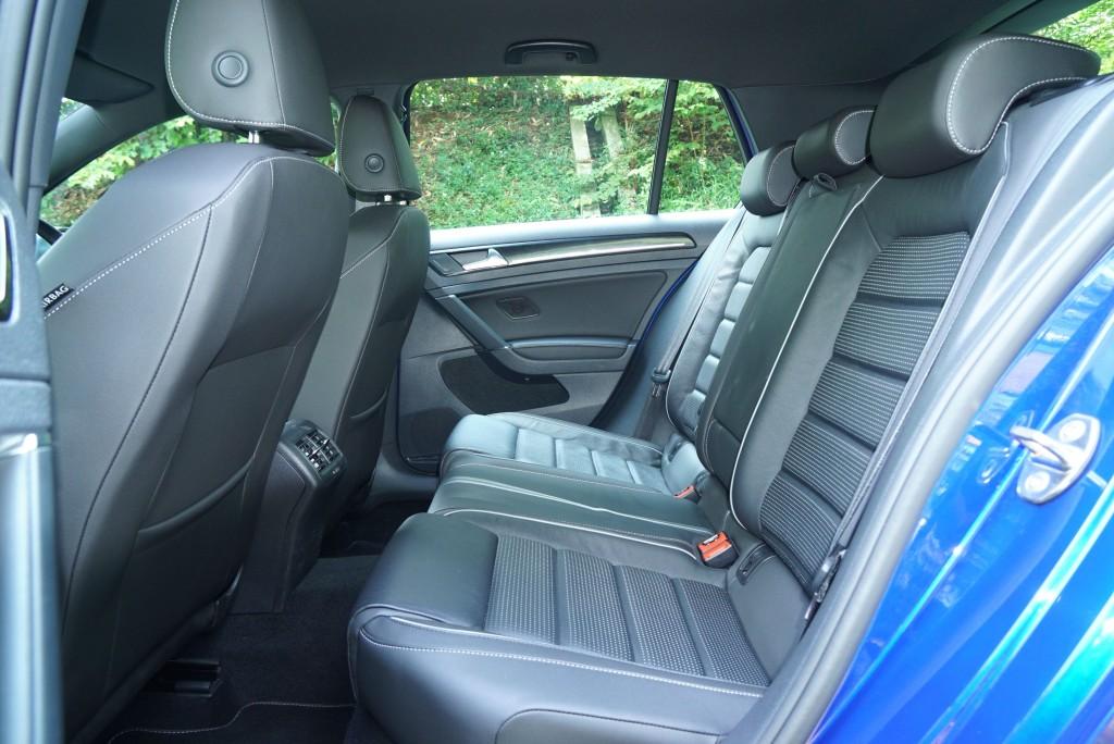 VW Golf R (9)