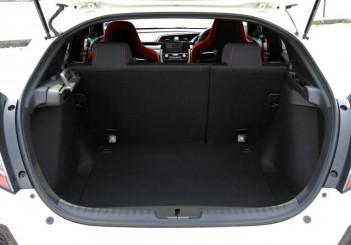 2018 Honda Civic Type R (19)