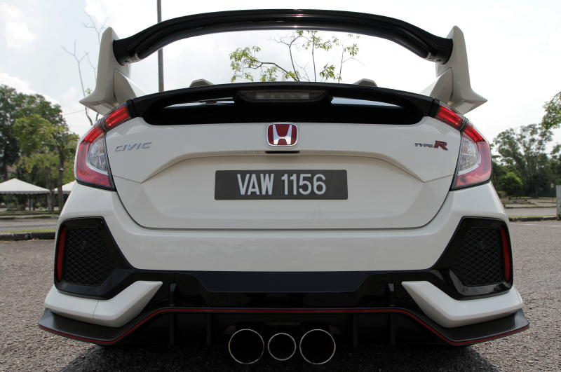 2018 Honda Civic Type R (21)