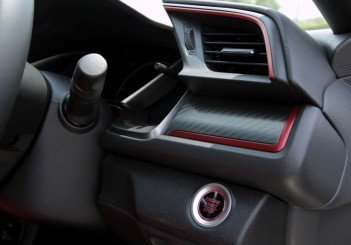 2018 Honda Civic Type R (24)