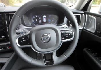 2018 Volvo XC60 (72)