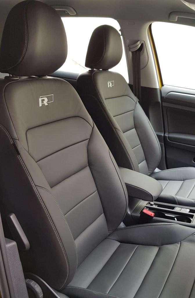 R-Line leather seats (Custom)