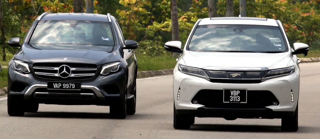 Toyota Harrier and Mercedes